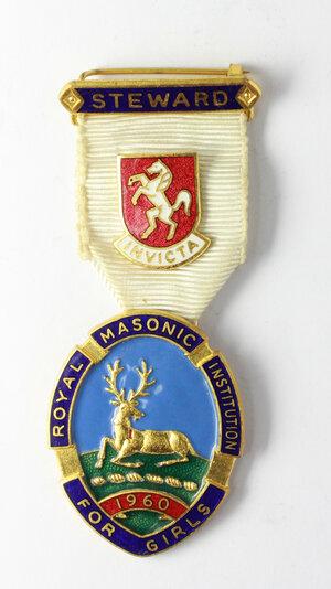 obverse: Massoneria inglese. Royal Masonic Institution for Girls.Medaglia 1960 con nastrino decorato e fascetta STEWARD