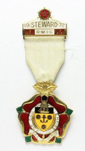obverse: Massoneria inglese. Royal Masonic Institution for Girls. Medaglia 1972 con nastrino e fascetta STEWARD