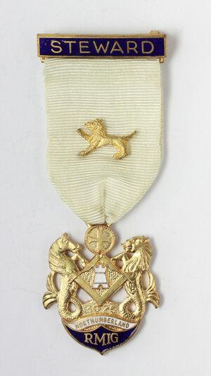 obverse: Massoneria inglese. Royal Masonic Institution for Girls (Northumberland). Medaglia 1975 con nastrino decorato e fascetta STEWARD