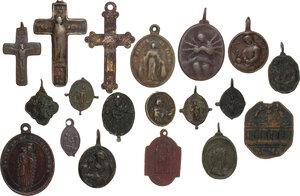 obverse: Medaglie Devozionali. Lotto di diciannove (19) medagliette religiose (di cui 3 croci) di varie epoche e con differenti raffigurazioni