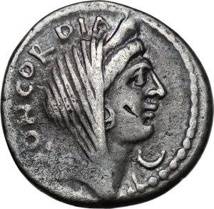 obverse: L. Mussidius Longus.AR Denarius, 42 BC