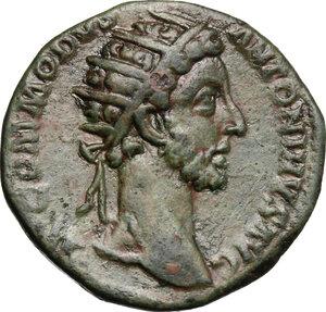 obverse: Commodus (177-192).AE Dupondius, 181 AD