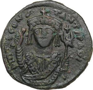 obverse: Tiberius II Constantine (578-582).AE Follis, Constantinople mint, RY 5 (578/9 AD)