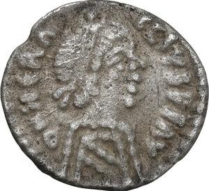 obverse: Heraclius (610-641).AR 120 Nummi or quarter Siliqua, Ravenna mint
