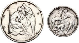 reverse: Civitavecchia. La Repubblica dei Ragazzi.Lotto di due medaglie da 500 e 200 Meriti