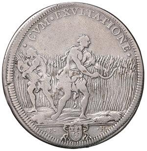 reverse: Roma. Innocenzo XIII (1721-1724). Mezza piastra anno II AG gr. 15,60. Muntoni 4a. MIR 2399/2. Molto rara. q.BB