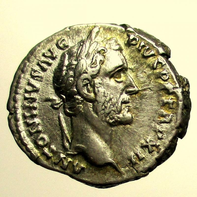 obverse: Impero Romano. Antonino Pio. 138-161 d.C. Denario