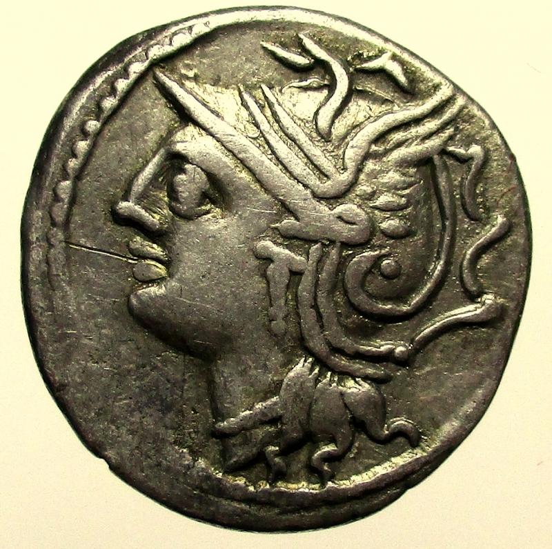 obverse: Repubblica Romana. Gens Appuleia. L.Appuleius Saturninus. 104 a.C. Denario.