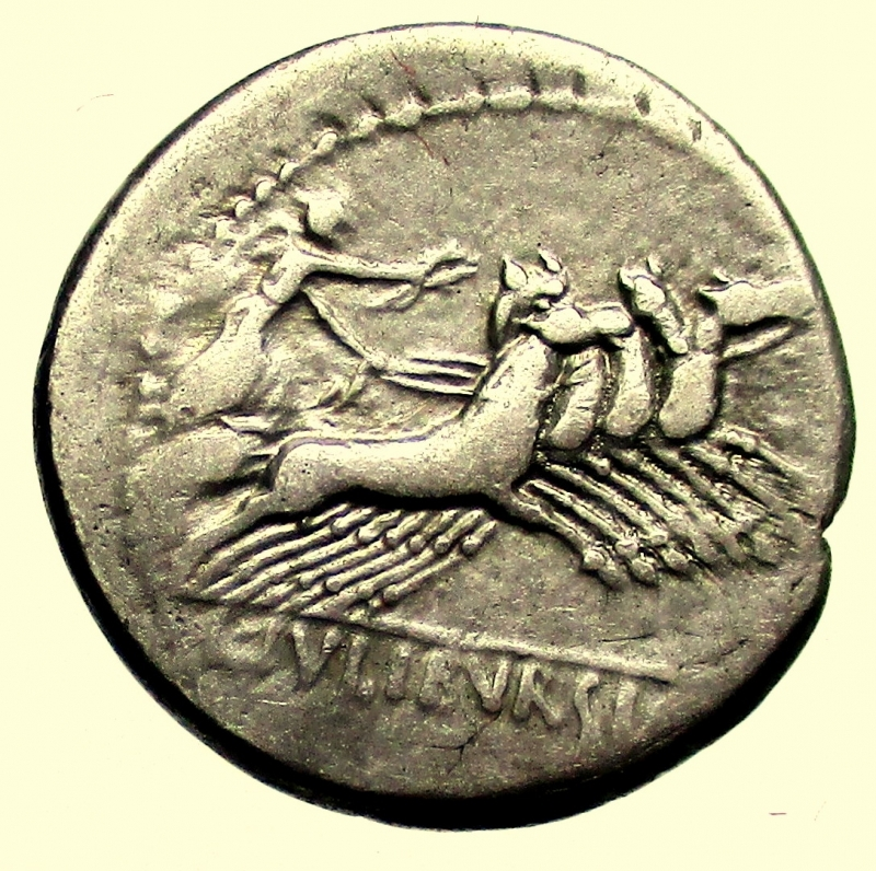 reverse: Repubblica Romana. Gens Julia. Lucius Julius Bursio. 85 a.C. Denario.