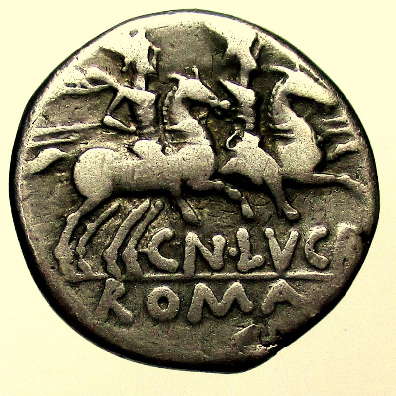 reverse: Repubblica Romana. Lucretia L. Lucretius Trio (76 a. C.) . Denario.
