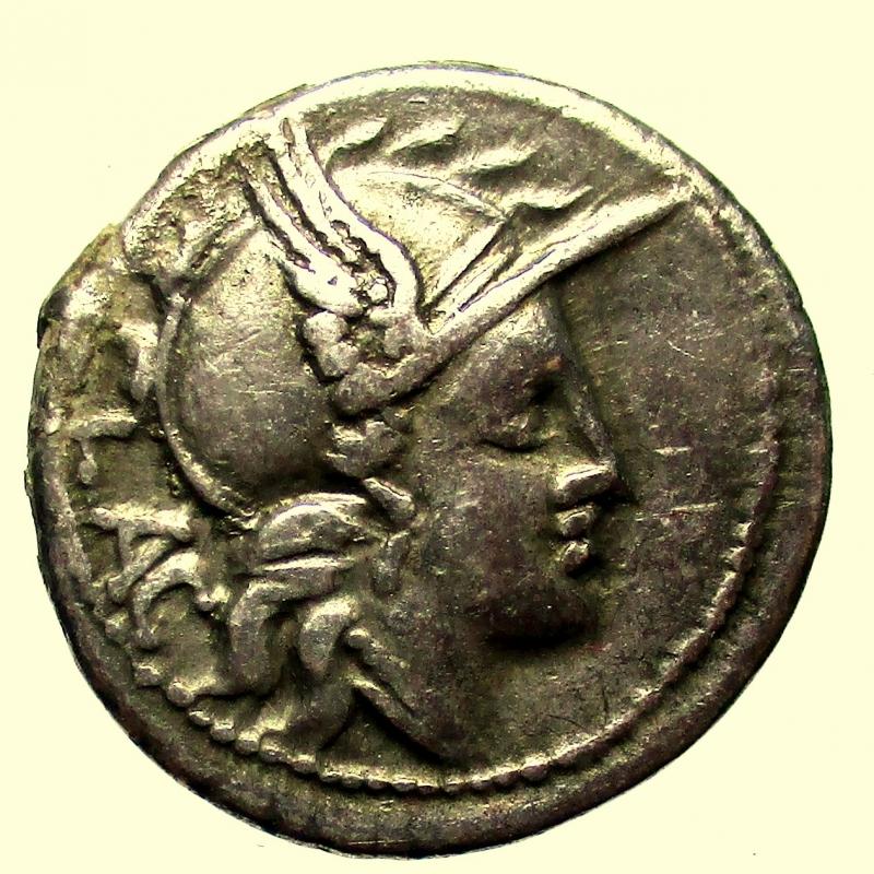 obverse: Repubblica Romana. Rutilia. L. Rutilius Flaccus. 77 a.C. Denario.