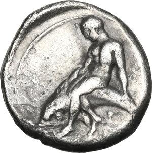 reverse: Southern Apulia, Tarentum. AR Nomos, circa 380-340 BC