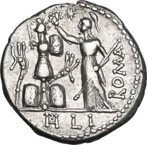 reverse: M. Furius L. f. Philus.. AR Denarius, 119 BC