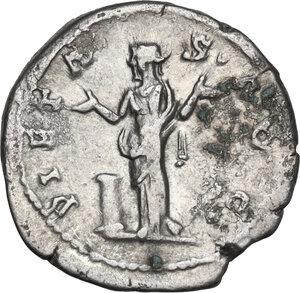 reverse: Hadrian (117-138).. AR Denarius, struck 117 AD