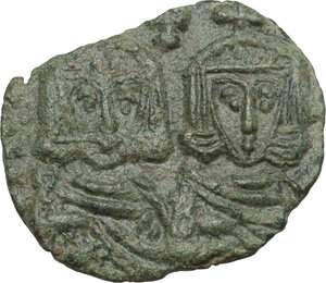 obverse: Constantine V Copronymus with Leo IV (751-775).. AE Follis. Syracuse mint, 751-775