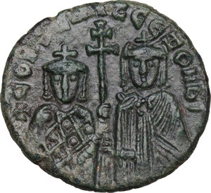 obverse: Constantine VII and Zoe (913-959). AE Follis. Constantinople, 914-919