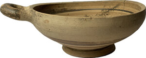 obverse: One Handled Daunian Kylix.  5th century BC.  Height 6.5 cm. Diameter 19.5 cm (including handle)