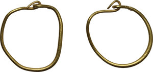 obverse: Pair of gold earrings.  Roman, 1st-2nd century AD.  12 mm. 1.01 g