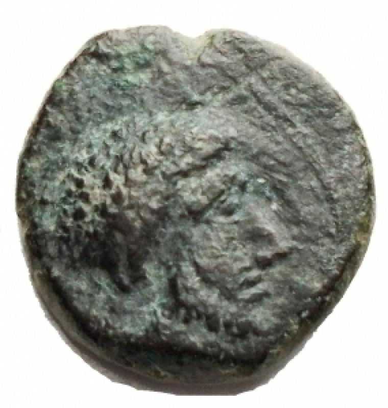 reverse: Mondo Greco - Sicilia. Mozia. Ae. ca. 415-397 a.C. g 1,74. mm 12,1. d/ Testa maschile a ds. r/ Granchio. CNS I, n. 10; SNG ANS 510-511 . BB-qSPL. Molto Raro. Patina verde