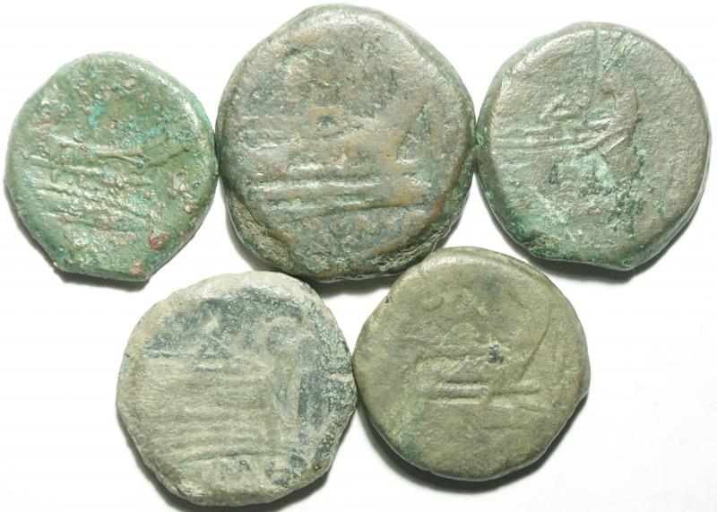 reverse: Lotti.Repubblica Romana.Lotto di 5 bronzi repubblicani, mediamente qBB.