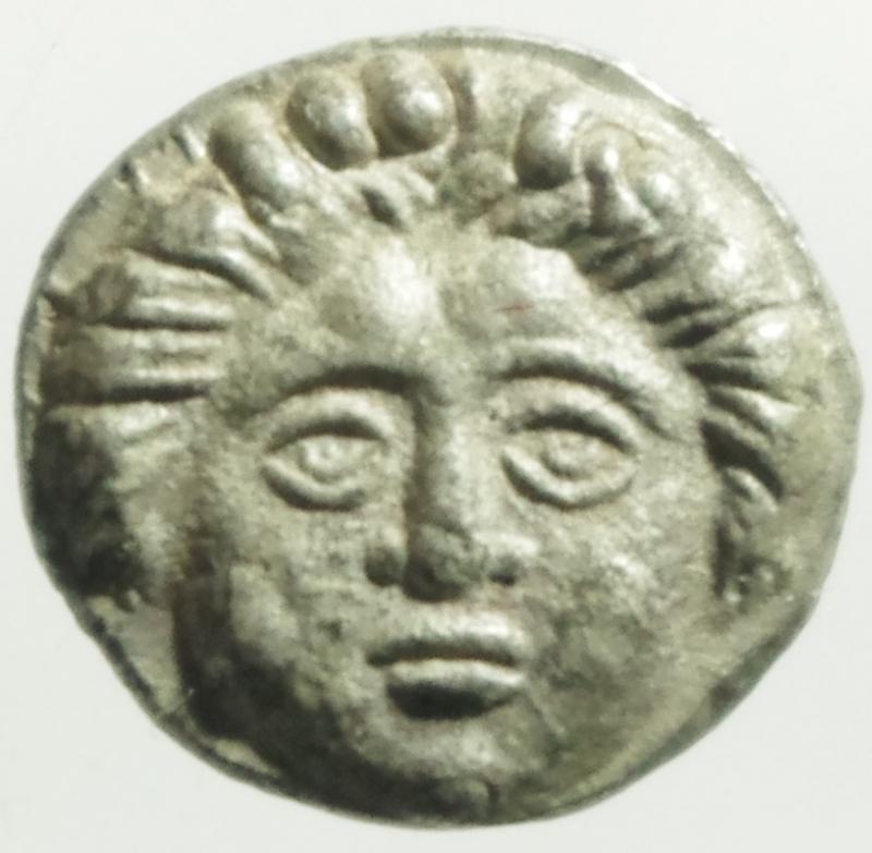 obverse: Mondo Greco. Tracia. Apollonia Pontica. 450-400 a.C. Diobolo. D/ Testa di Gorgone. R/ Ancora, A e gambero. Sear 1655. Peso 1.20 gr. Diametro 11,00 mm. SPL+.