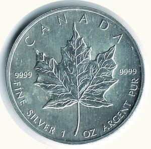 reverse: CANADA - Dollaro 1990 - Foglia d'acero.