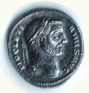 obverse: DIOCLEZIANO (284-305) - Argenteo;