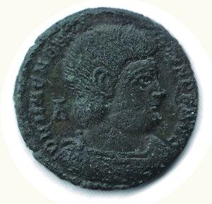 obverse: MAGNENZIO (usurpatore) 350-353 AE2 - Zecca Treviri. 90
