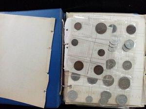 reverse: ALBUM contenente diù di 200 monete