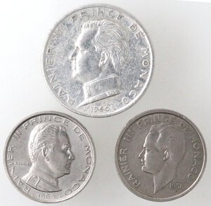 obverse: Monaco. Ranieri III. Lotto di 3 monete.Il 5 franchi è in Ag.