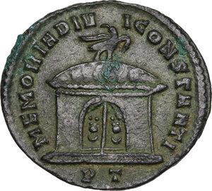 reverse: Constantius I Chlorus (Divus, after 306 AD).. AE Follis, struck under Maxentius, Ticinum mint