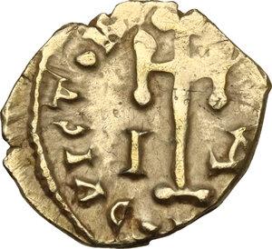 reverse: Leo III, the Isaurian (717-741). AV debased Tremissis, Rome mint, RY 4 = 720/1 AD