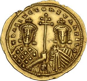 obverse: Basil II, Bulgaroktonos (976-1025).. AV Solidus, Constantinople mint