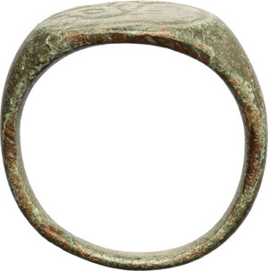 reverse: Bronze ring, the bezel decorated with engraved hare.  Late Roman period, 3rd-6th century AD.  22 mm
