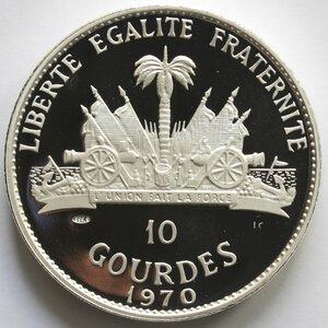 reverse: Haiti. Repubblica. 10 Gourdes 1970. Fox Chief Playing Fox. Ag 999.