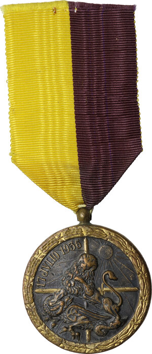 obverse: Francisco Franco (1892-1975). Medaglia per la campagna del 1936-1939, assegnata durante la Guerra civile spagnola