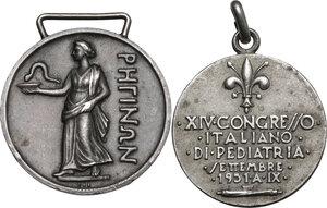 reverse: Lotto di due medaglie a tema medico: Congresso Medico Chirurgico Calabrese 1933 e XIV Congresso Italiano di Pediatria 1951