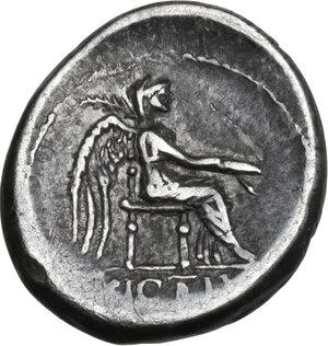 M. Cato.. AR Quinarius, 89 BC
