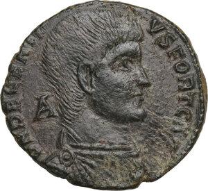 obverse: Decentius (351-353).. AE 23 mm. Aquileia mint