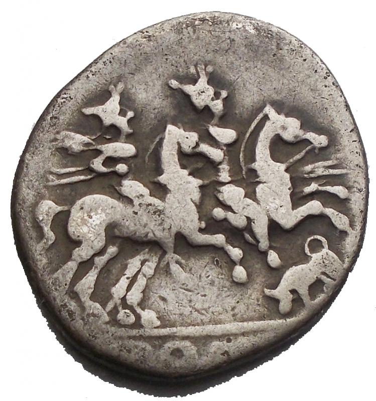 reverse: Repubblica Romana - Denario ca 206-195 aC. d/ Testa elmata di Roma a ds, dietro X r/ I Dioscuri al galoppo a ds, sotto toro a sn. in ex ROMA. gr 3,24.Sydenham 281. Crawford 116/1a. qBB. Raro.