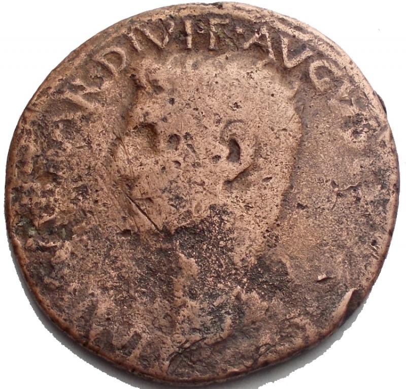obverse: Impero Romano. Augusto. 27 a.C. - 14 d.C. Asse. D/ IMP CAESAR DIVI F AVGVSTVS IMP Testa di Augusto verso sinistra. R/ SC TRIBVNIC POTEST XXXIIII PONTIF MAXIM. RIC.471. Peso 10,17 gr. Diametro 28,14 mm. MB+. R.§