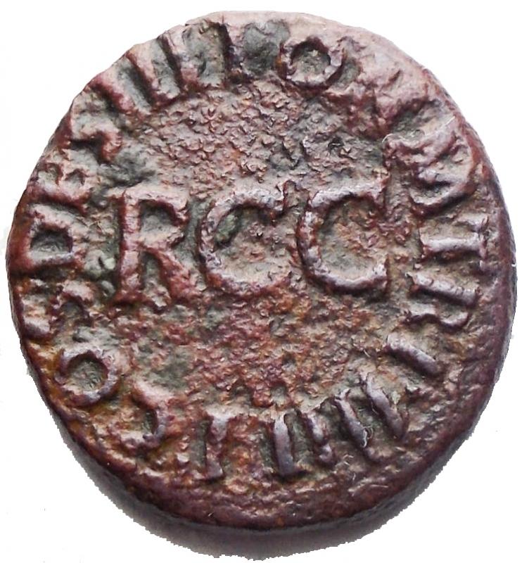 reverse: Impero Romano - Caligola (37-41). Quadrante Ae.  D/ C CAESAR DIVI AVG PRON AVG. Pileus tra S - C. R/ PON M TR P III PP COS DES III intorno a RCC. RIC 39. g 3,36. mm 16,8 x 17,6. BB