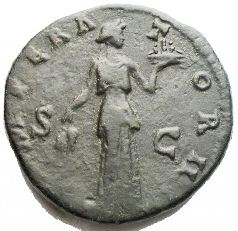 reverse: Impero Romano - Antonino Pio (138-161). Sesterzio. D/ ANTONINVS AVG PIVS PP TR P COS III. Testa laureata a sinistra. R/ IMPERATOR II SC. Fides, stante di fronte con il capo a destra, tiene due spighe di grano e un cesto pieno di frutti. AE. g. 26.86 mm. 31.67. BB+. R