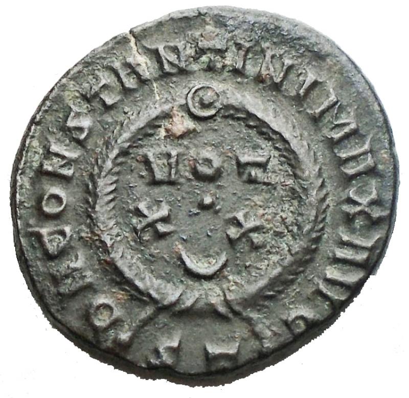 reverse: Impero Romano - Costantino I. 307-337. Ae da catalogare. gr 3,05.