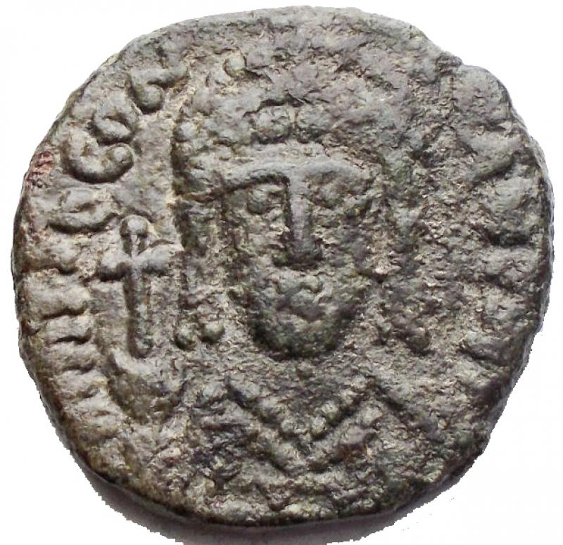 obverse: Bizantini -Tiberio II Costantino. 578-582 d.C.Ae. Mezzo Follis. Zecca Roma. Sear 467. Grammi 5,63. Millimetri 19,28 x 18,93.BB++.Raro