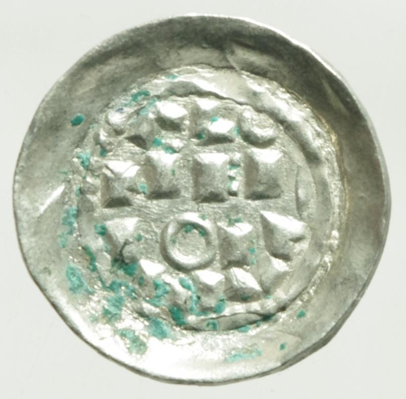obverse: Zecche Italiane. Milano. Enrico II di Sassonia (1014-1024). Denaro scodellato. B. 1410. AG. g. 1.15 SPL