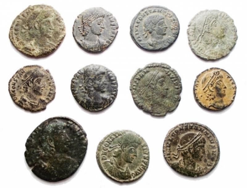 obverse: Lotti - Impero Romano. Costanzo II. Insieme di 11 esemplari