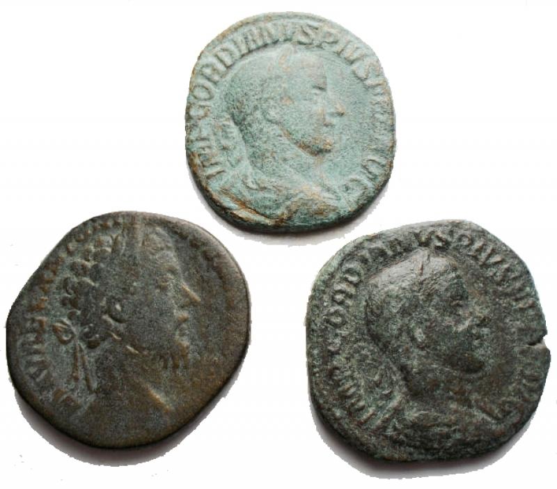 obverse: Lotti - Impero Romano. Insieme di 3 Grandi Bronzi