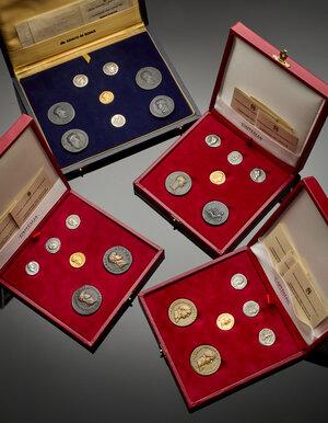 obverse: Riproduzioni, emesse da Capitalia e Banco di Roma, di monete di epoca romana di cui quattro in oro titolo 917.