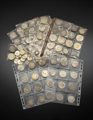 obverse: Miscellanea di monete in argento dell ottocento e del novecento di Stati Italiani. Presenza di alcune riproduzioni moderne.